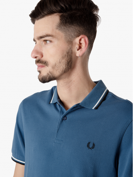 Fred Perry Twin Tipped   Fuxia, Urban Tribes United.