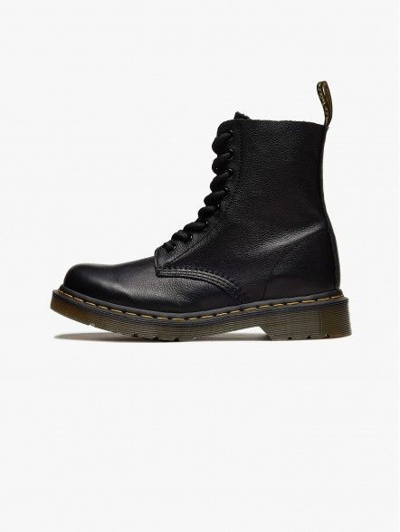 Dr.Martens Pascal Virginia | Fuxia, Urban Tribes United.