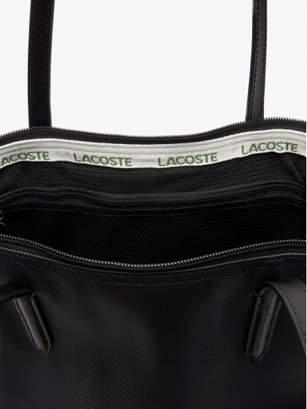 Lacoste Vertical Shopping | Fuxia, Urban Tribes United.