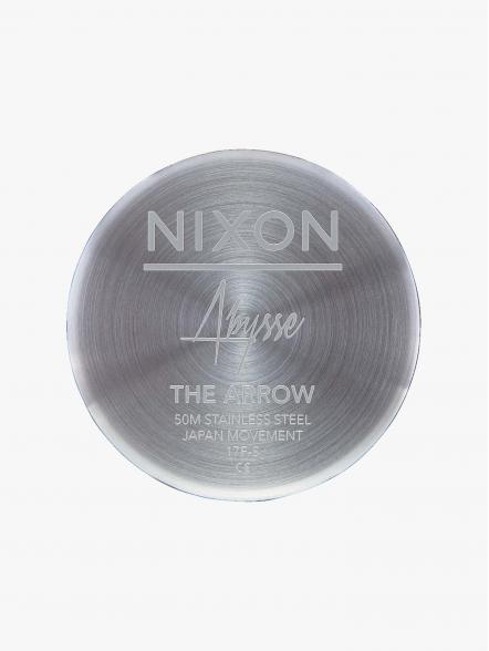 Nixon Arrow Milanese | Fuxia, Urban Tribes United.