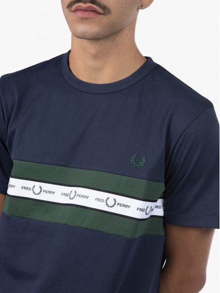 Fred Perry Taped Chest | Fuxia, Urban Tribes United.