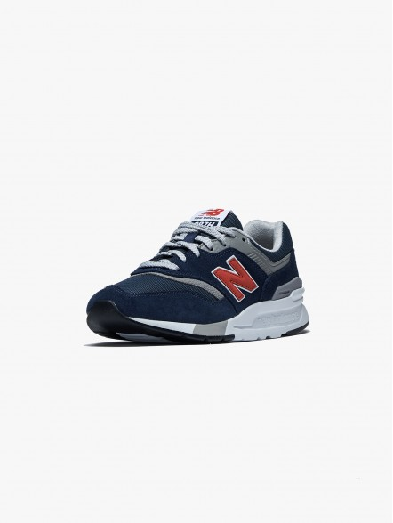 New Balance CM997 | Fuxia, Urban Tribes United.