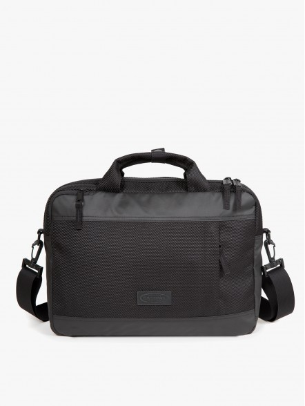 Eastpak Acton | Fuxia, Urban Tribes United.