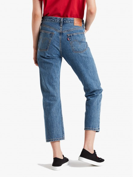 Levis 501 Original Cropped W | Fuxia, Urban Tribes United.