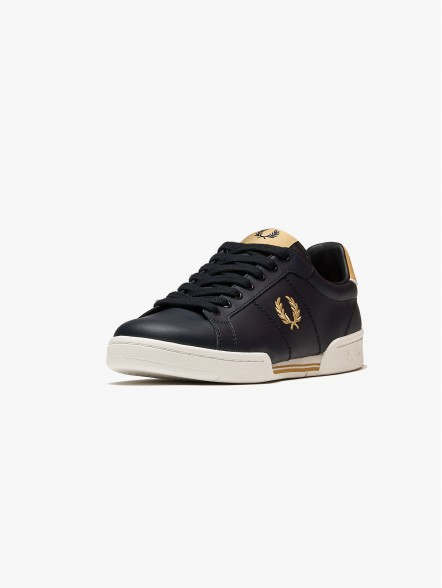Fred Perry B722 Leather | Fuxia, Urban Tribes United.