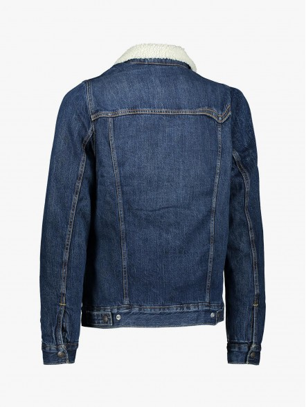 Levis Type 3 Sherpa | Fuxia, Urban Tribes United.