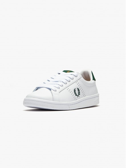 Fred Perry Authentic Leather | Fuxia, Urban Tribes United.
