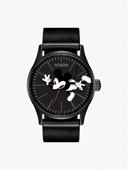 Nixon Sentry Mickey Mouse | Fuxia, Urban Tribes United.