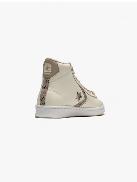 Converse Pro Leather | Fuxia, Urban Tribes United.