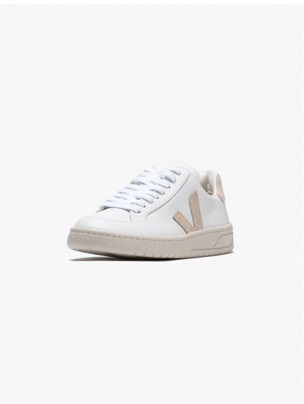 Veja V-12 Leather W   Fuxia, Urban Tribes United.