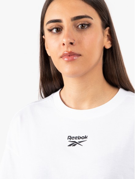 Reebok Small Logo Crop W | Fuxia