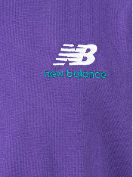 New Balance Essentials Embroidered | Fuxia
