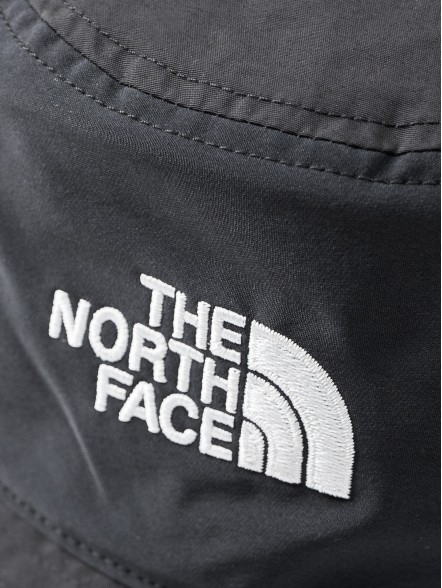 The North Face Cypress Bucket | Fuxia