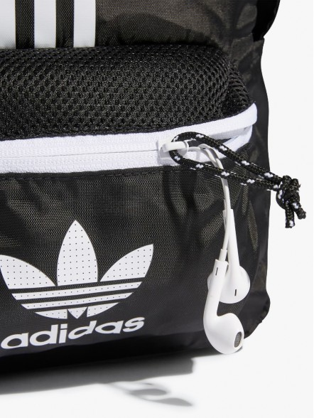 adidas Classic Adicolor | Fuxia