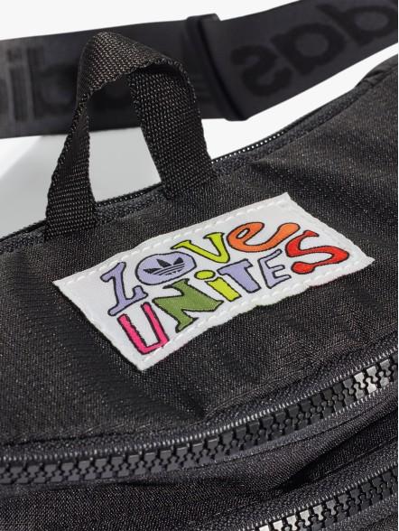 adidas Originals | Fuxia