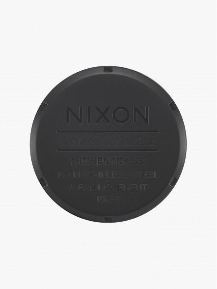 Nixon Sentry SS   Fuxia
