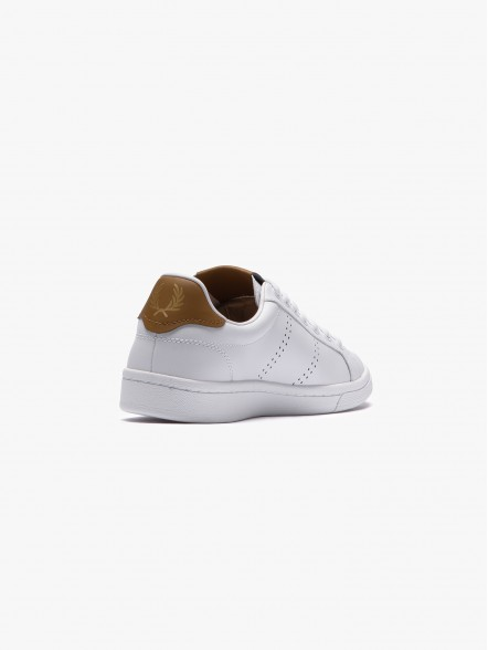 Fred Perry Authentic Leather   Fuxia